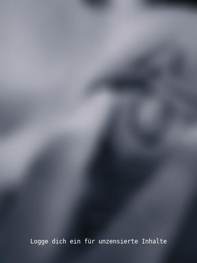 Fotze mit Plug im Arsch - Nahaufnahmen