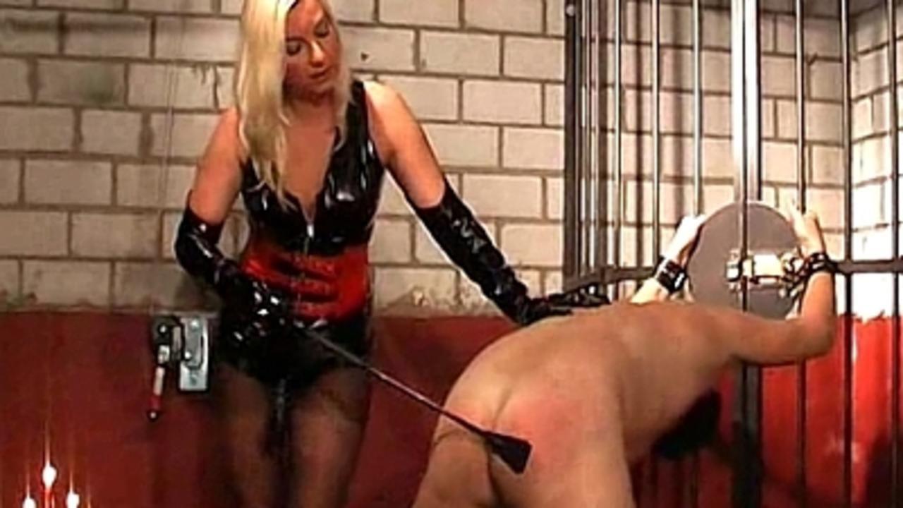 La Femme Fatale, The training of slave