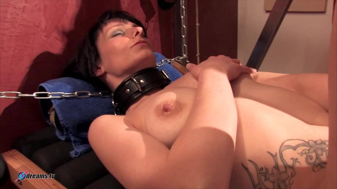 MILF Slave Masturbation - Valerie At The Sex-Furniture
