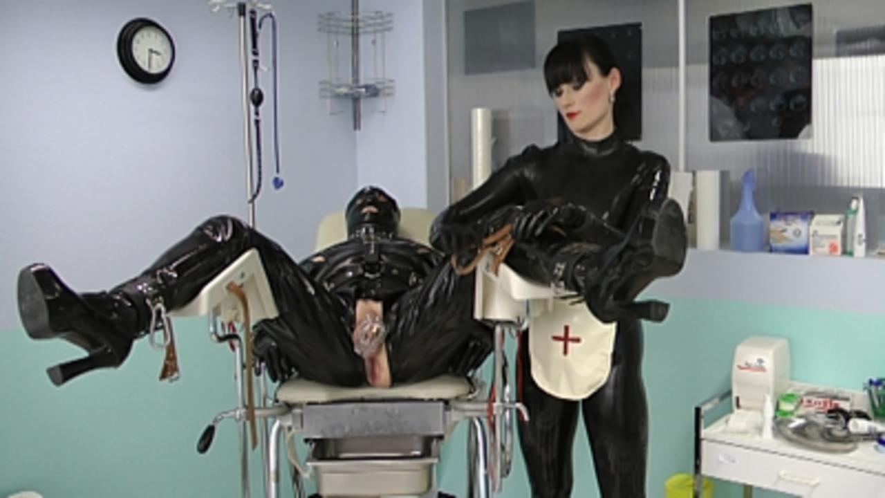 Cheyenne de Muriel - The Milking Hospital Part1
