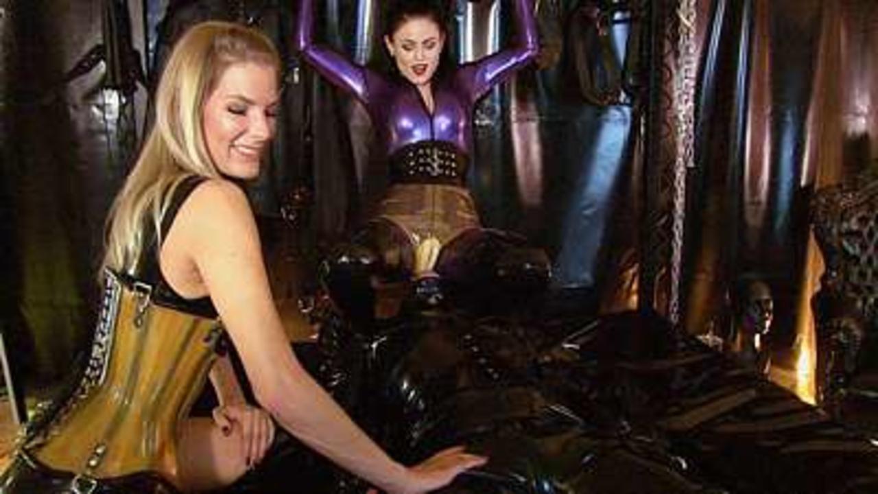 Lady Blackdiamoond & Bizarr Lady Alice - Condom Slut