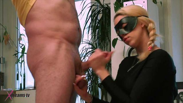 Spy Girl Tease Her Victim By Minimized Orgasm Handjob