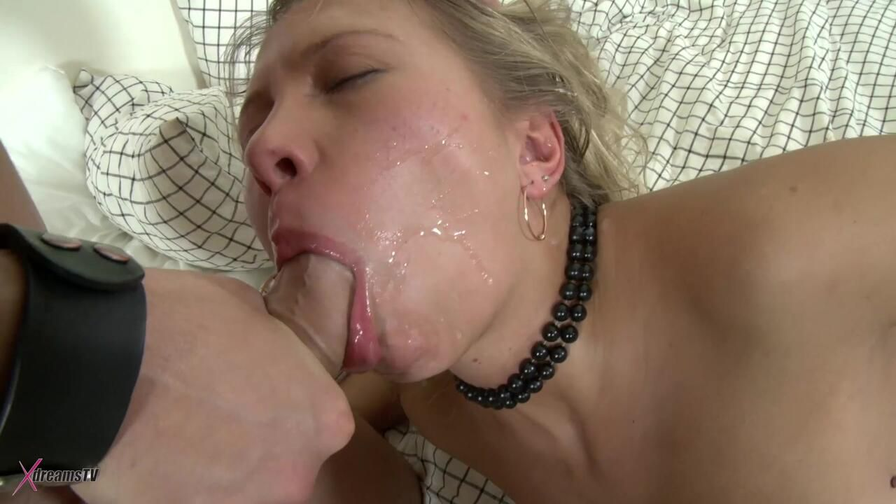 Bianca - My Teen Asshole Gets Cracked - Episode 2