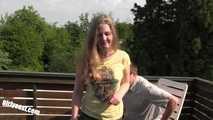 Teenie Julia - Der geile Familienvater & POV Fuck
