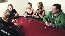 Die verfickte Pokerrunde - 2 Damen gegen 4 Buben