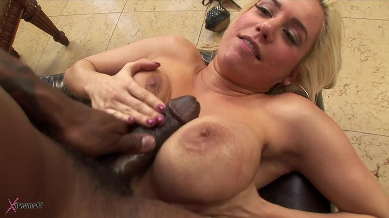 Black & White - Mariah Madysinn Lasting And Achy BBC Assfuck
