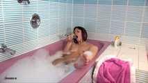 Tina's Horny Masturbation In The Bathtub