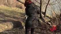 Mary Wet Public im Wald gefickt - FACIAL-