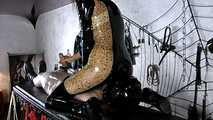Mistress Zita - Ruined orgasm during Facesitting