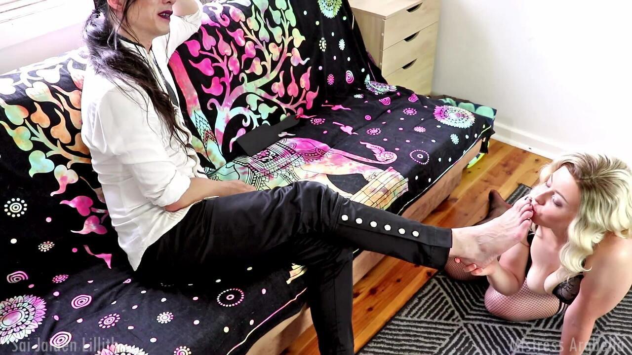 Footslut Wife - w/Mistress Arabella