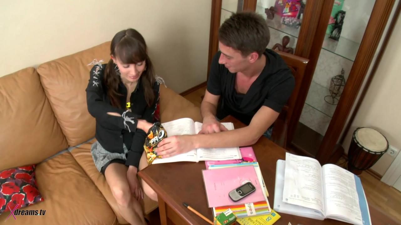 Agnese Detention Sex: Anal Lesson In Dormitory