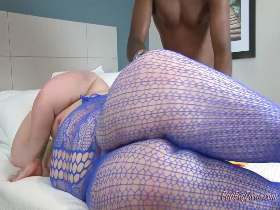 SQUIRTING FOR DUMMIES - NIKKI CAKES  Part 4
