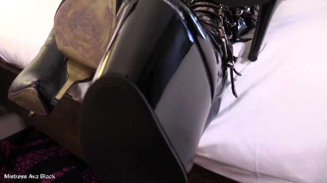 Delicious Boots - Full clip