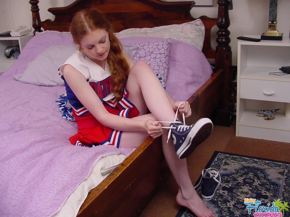 Redhead Teen Amateur Nicole Foot Fetish Freak