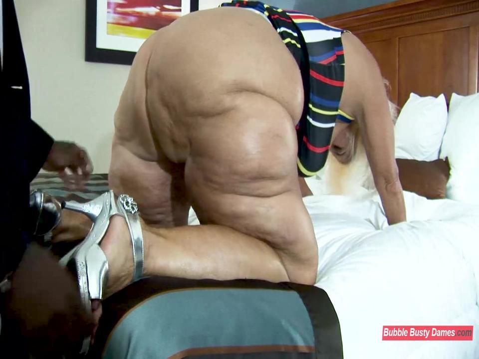 MORE SERVICE THAN NECESSARY 2  - AMBER CONNERS EXTENDED CLIP 1