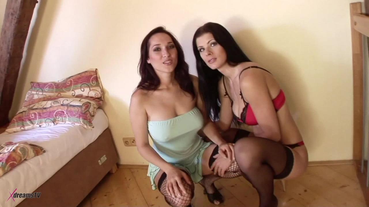 Black & White - Lea Mage And Lellou - Threesome BBC Anal Pleasure