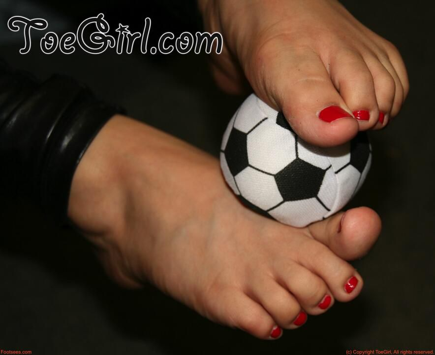 Barefoot football