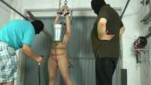 Bella - Wasser Pussy Torture