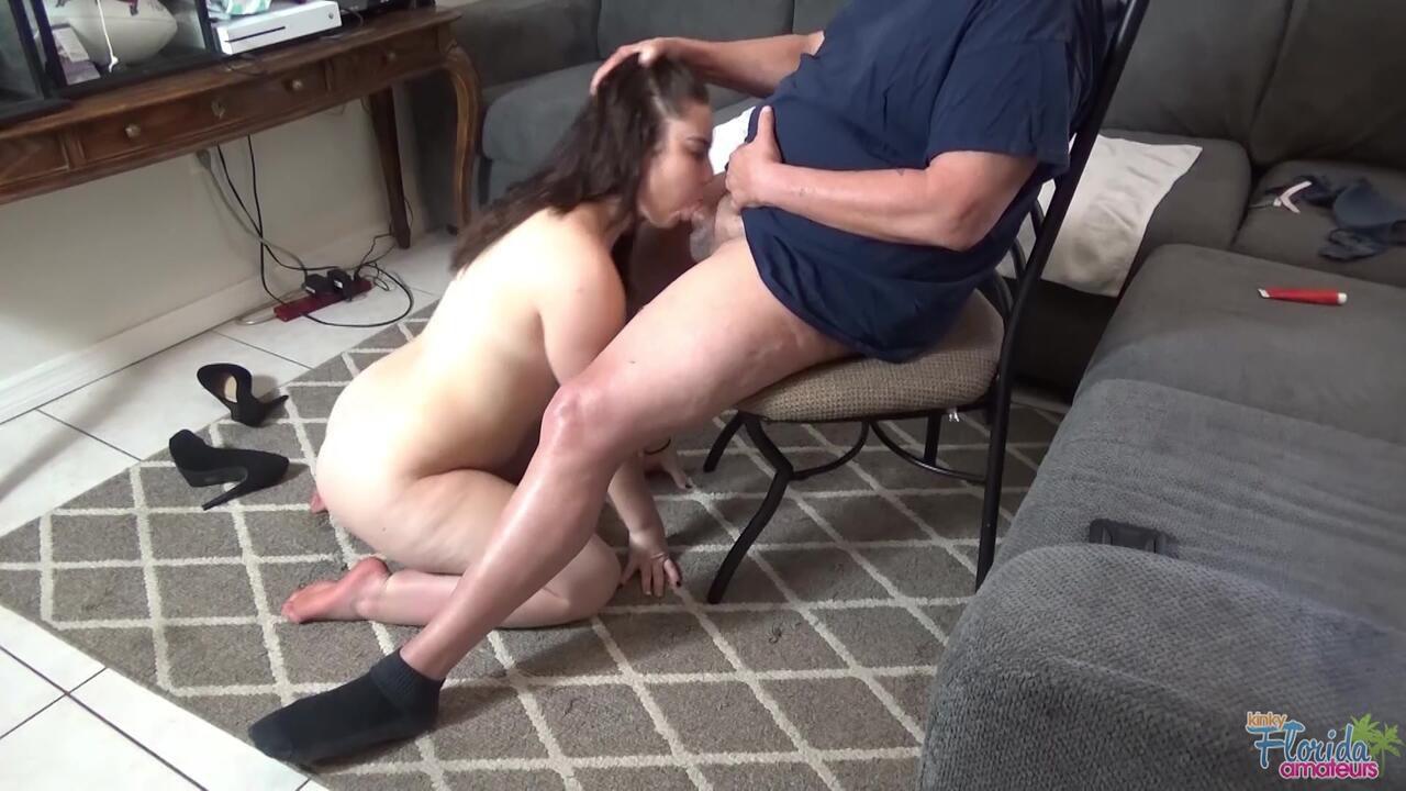 Kinky Florida Amateur Teen Jessica Brown Kissing, Sucking, Cumming, Anal Part 1
