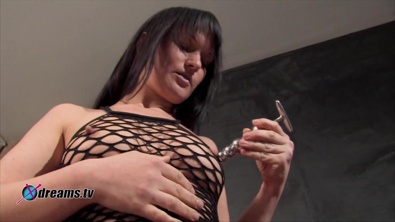 Yvette Metal Dildo Pleasure