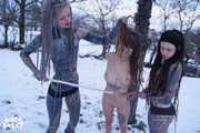 three girls playing with ropes