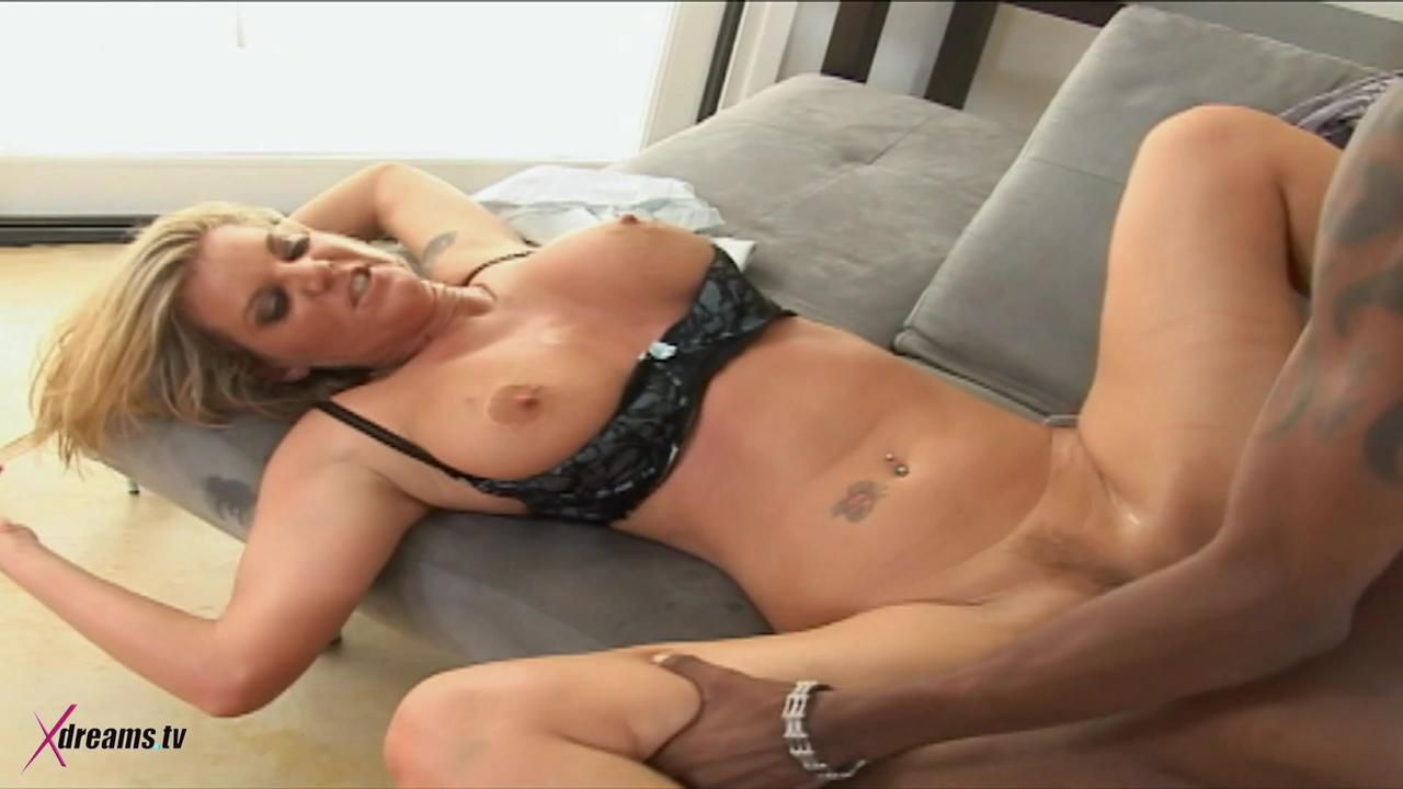 BBC Pleasure For A Pretty Blonde MILF