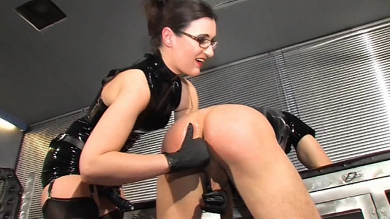 Lady Victoria - Fucked and Milked after it
