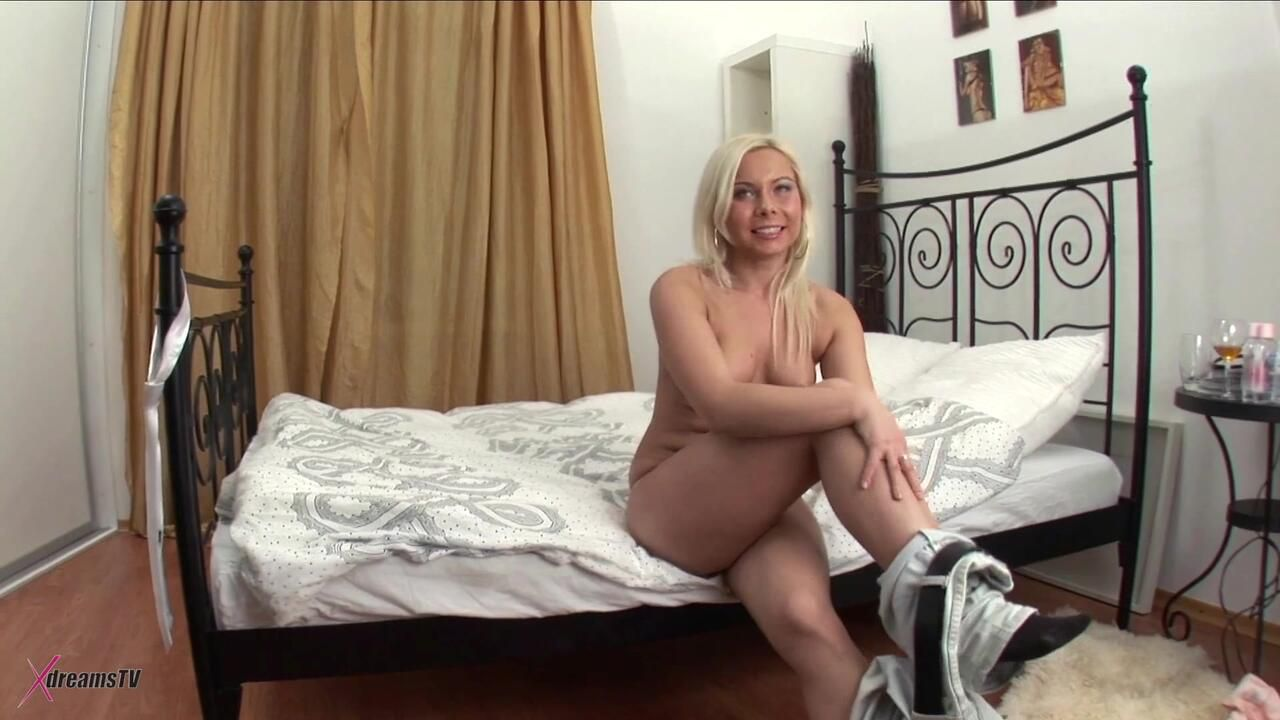 Laura - My Anal Hookup For Tonight