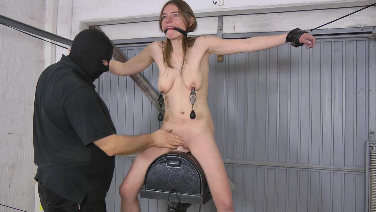 Karina - Sybian ride