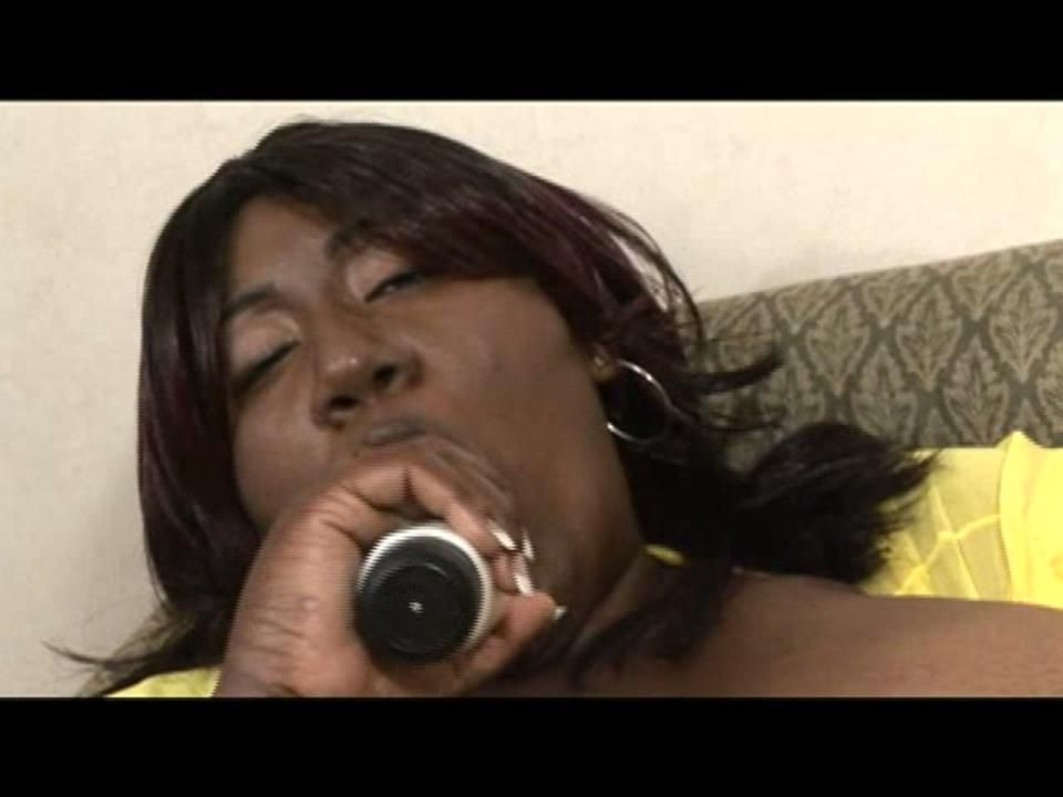 "Ms. Alotoftitties in ""So Luscious, So Heavy"" Part 2"