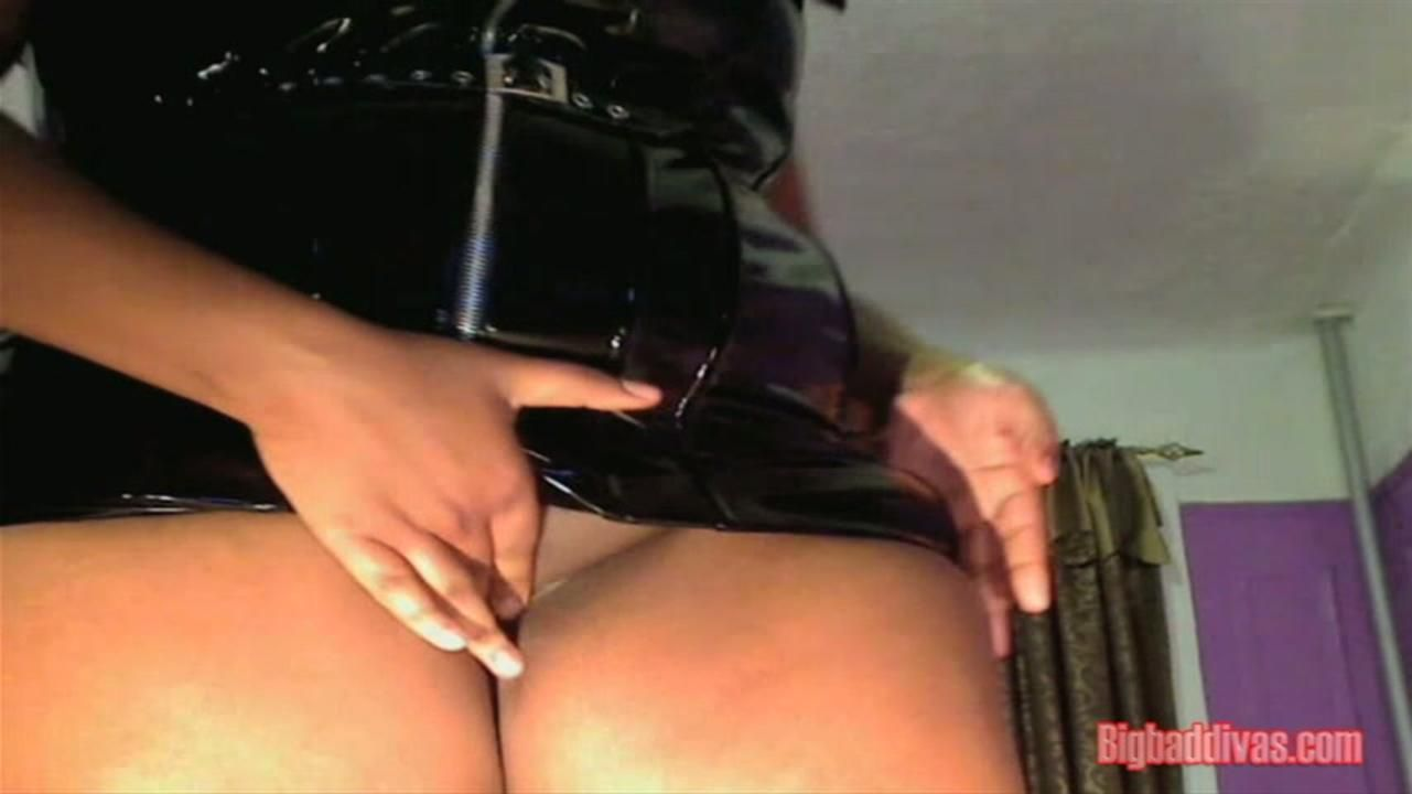 Triple E Diva 2nd Webcam Show