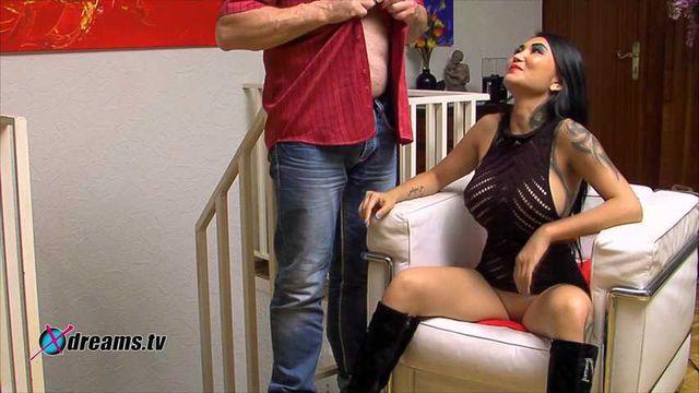 Kim XXX - Handjob mit Orgasmus-Verweigerung für meinen Göttergatten
