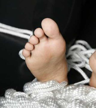 Bare feet and Rope