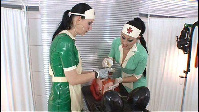 Die Gummipuppen Klinik  Part1