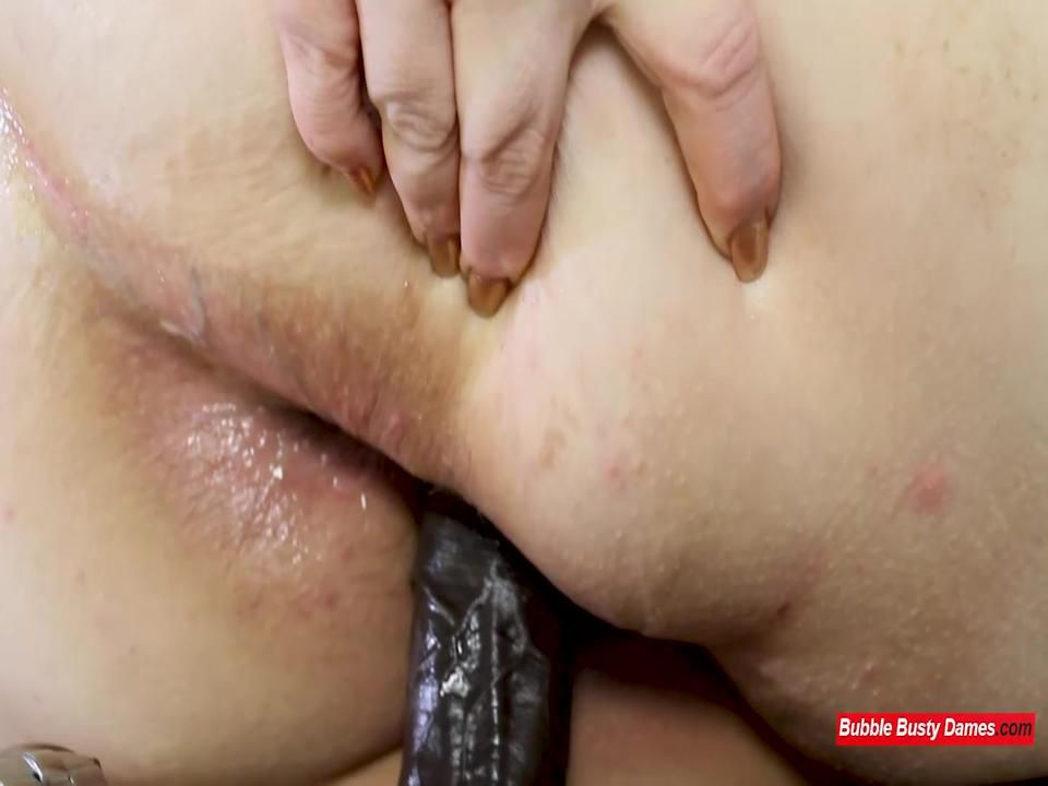 SQUIRTING FOR DUMMIES 2 - NIKKI CAKES Clip Full Scene