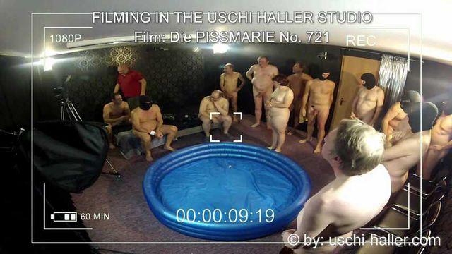 FILMING IN THE USCHI HALLER STUDIO – Die Pissmarie #1