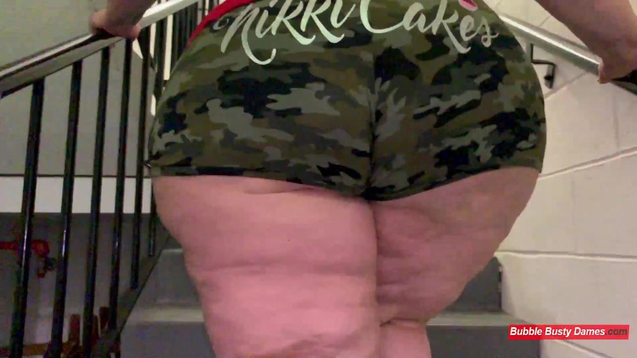 THE FATTY FITNESS 2 - NIKKI CAKES &  GOLDENBOMBSHELL