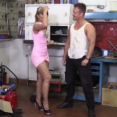 Yay, another update from us: Horned Husband<br /><br />#Blonde #BlowJob #Cuckold<br /><br />Featuring @pussysandpimps<br /><br />#gehörnter #fremdgehen #ficken #blasen #blondine #lecken #tief #werkstatt #auto #schlank #fotze #gemein #stöhnen #dirtytalk #sperma #laut...<br /><br />👉http://pinkzilla.eu/1061991971👈 #Shopmaker