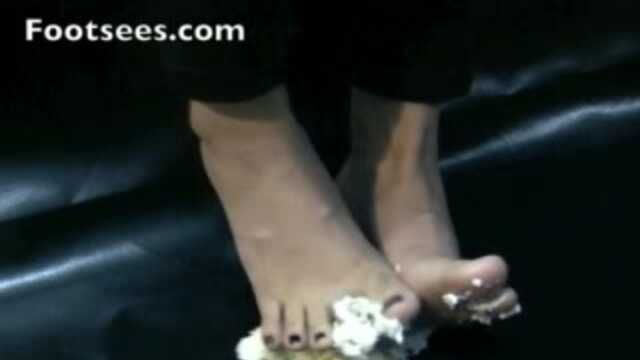 Two Types of Toes with Frosting