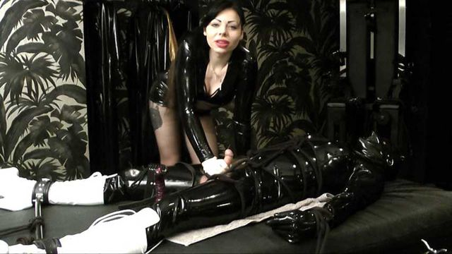 Lady Ashley  -  Deviant Part1