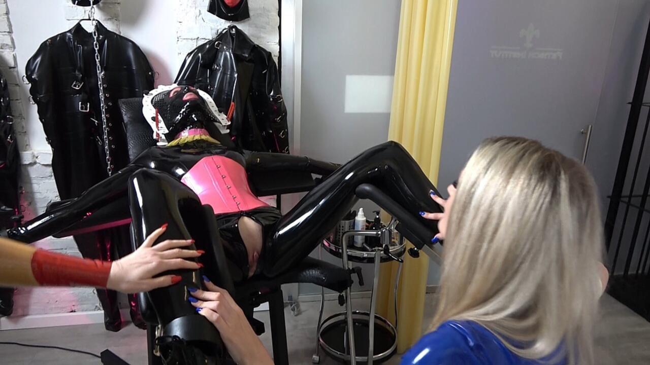 Ausbildung zum Sperma Reinigungs Objekt  Part 1