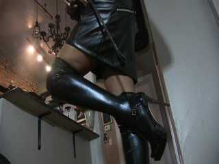 Latex Dom Time