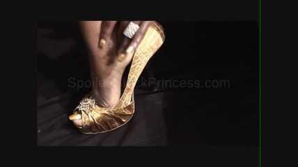 Gold Goddess Pumps