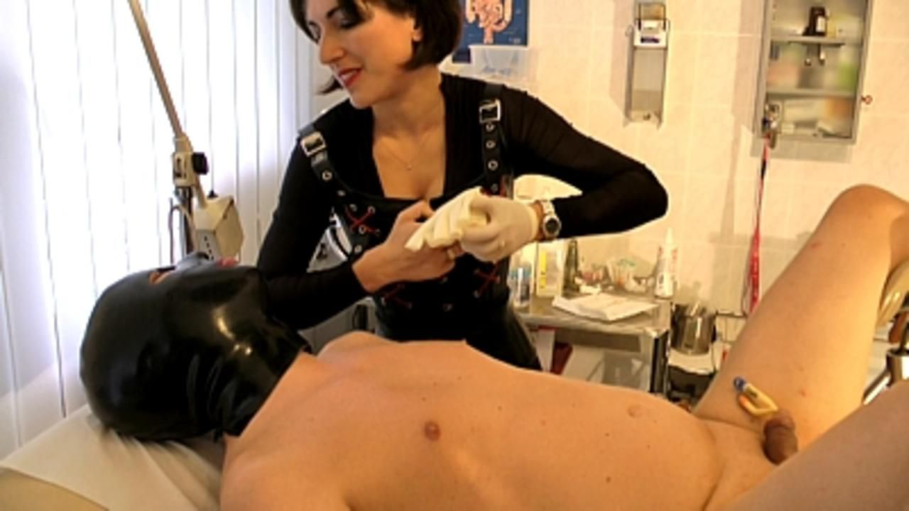 Baroness Mercedes - Kinky Clinic 3