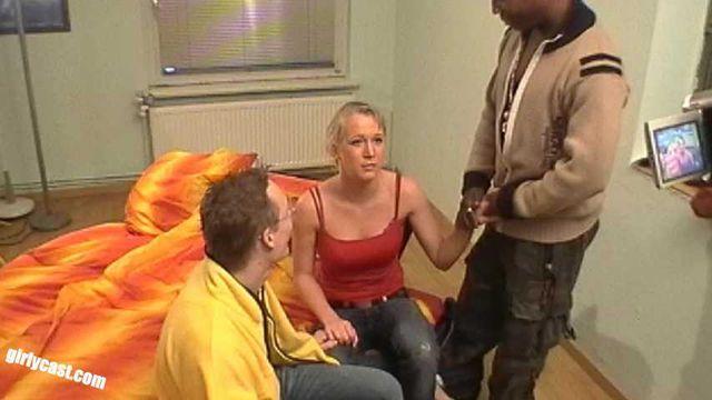 Anna - Wird sie es das 1. mal mit einem BBC machen? BTS