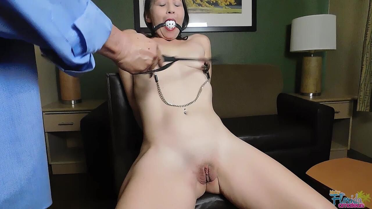 Kinky Florida Amateurs Mature Kimberly Tate In Her Very First Porn Bondage And Whipping Video