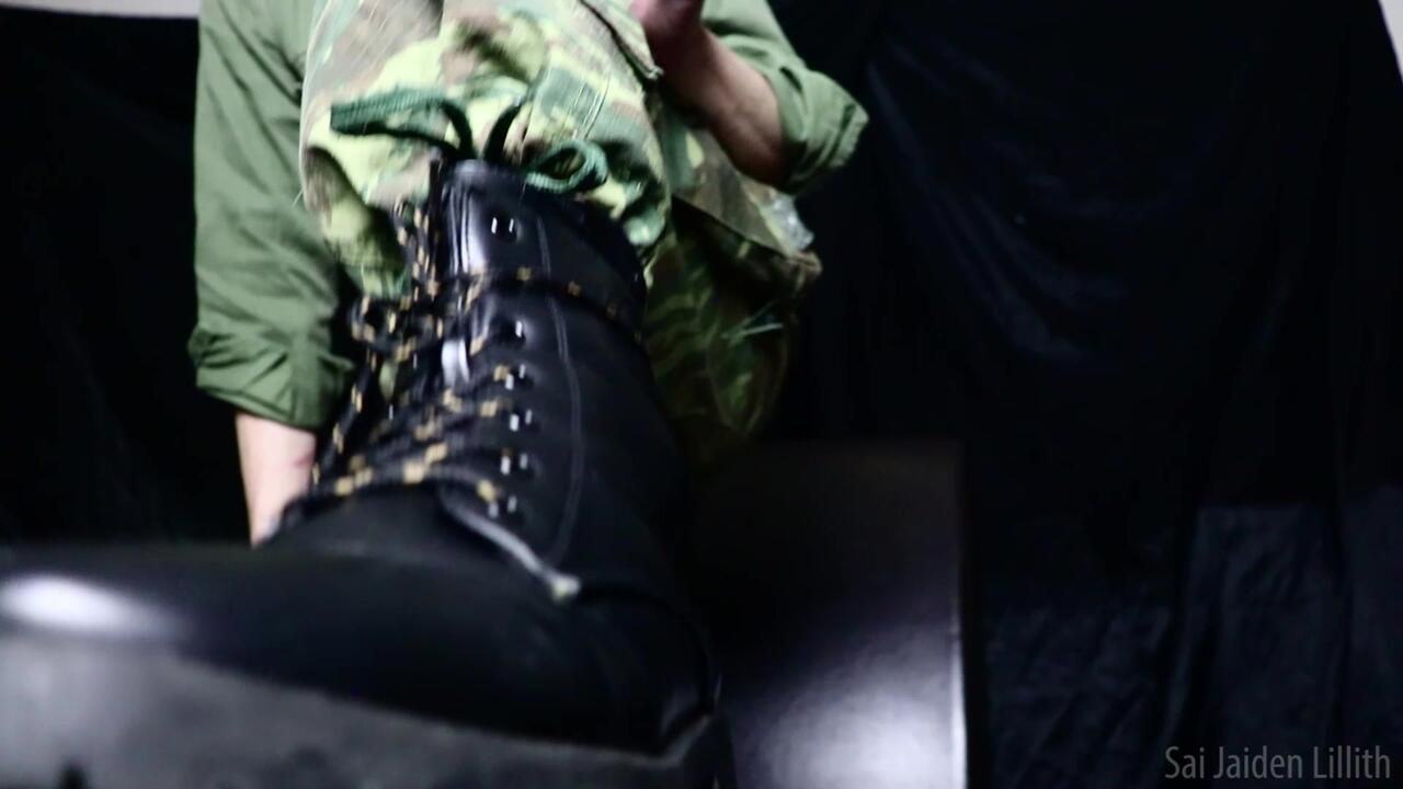 Drill Sergeant Lillith's Boot Worship Camp (Solo)
