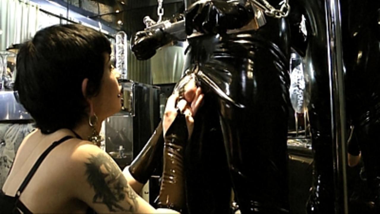 Lady Minou & Kandy - Ultimate Rubber Sex  (Part1)