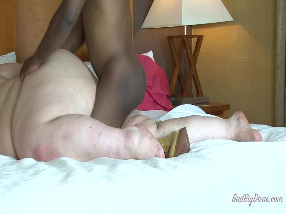 """NIKKI CAKES IN """"THE VERY BEST I'VE EVER HAD"""" Clip 3"""