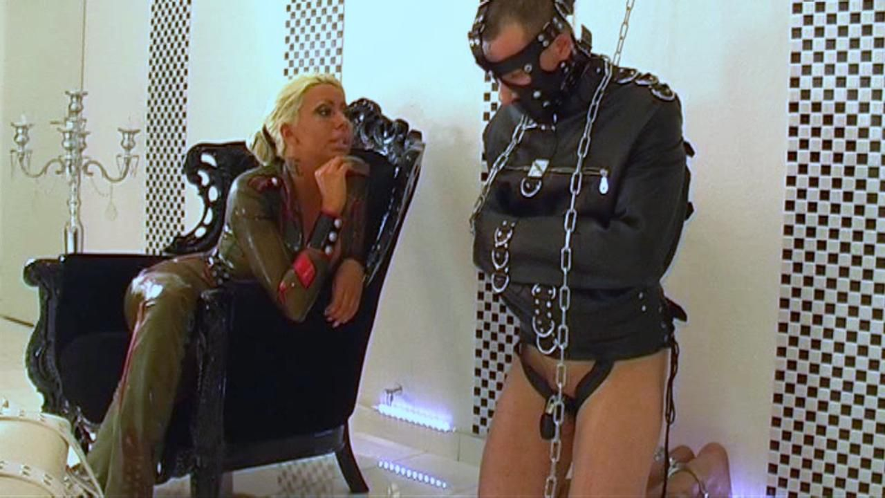 Lady Kate - Slave to Abuse